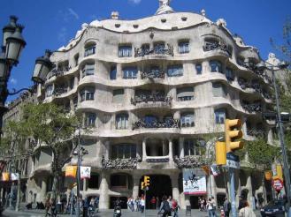 Antonio Gaudi, Casa Milá, , paseo de Gracia, Barcelona (1906-1910)