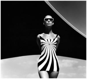 Brigitte Bauer, traje de Baño sinz,Vouliagmeni, Grecia, 1966