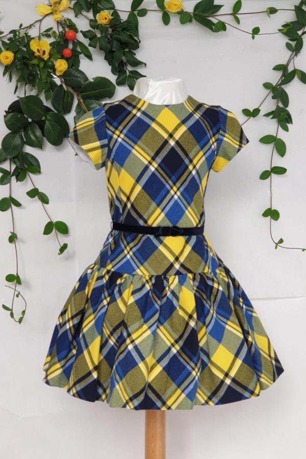 Robe Mayoral écossaise bleu 47 euros du 2 ans au 9 ans