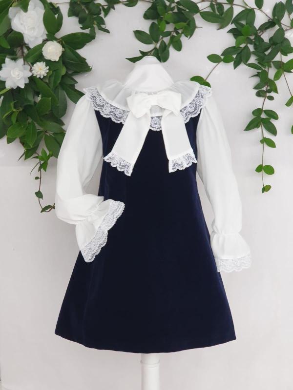 Fille robe velours patachou 85 euros du 4 ans au 14 ans