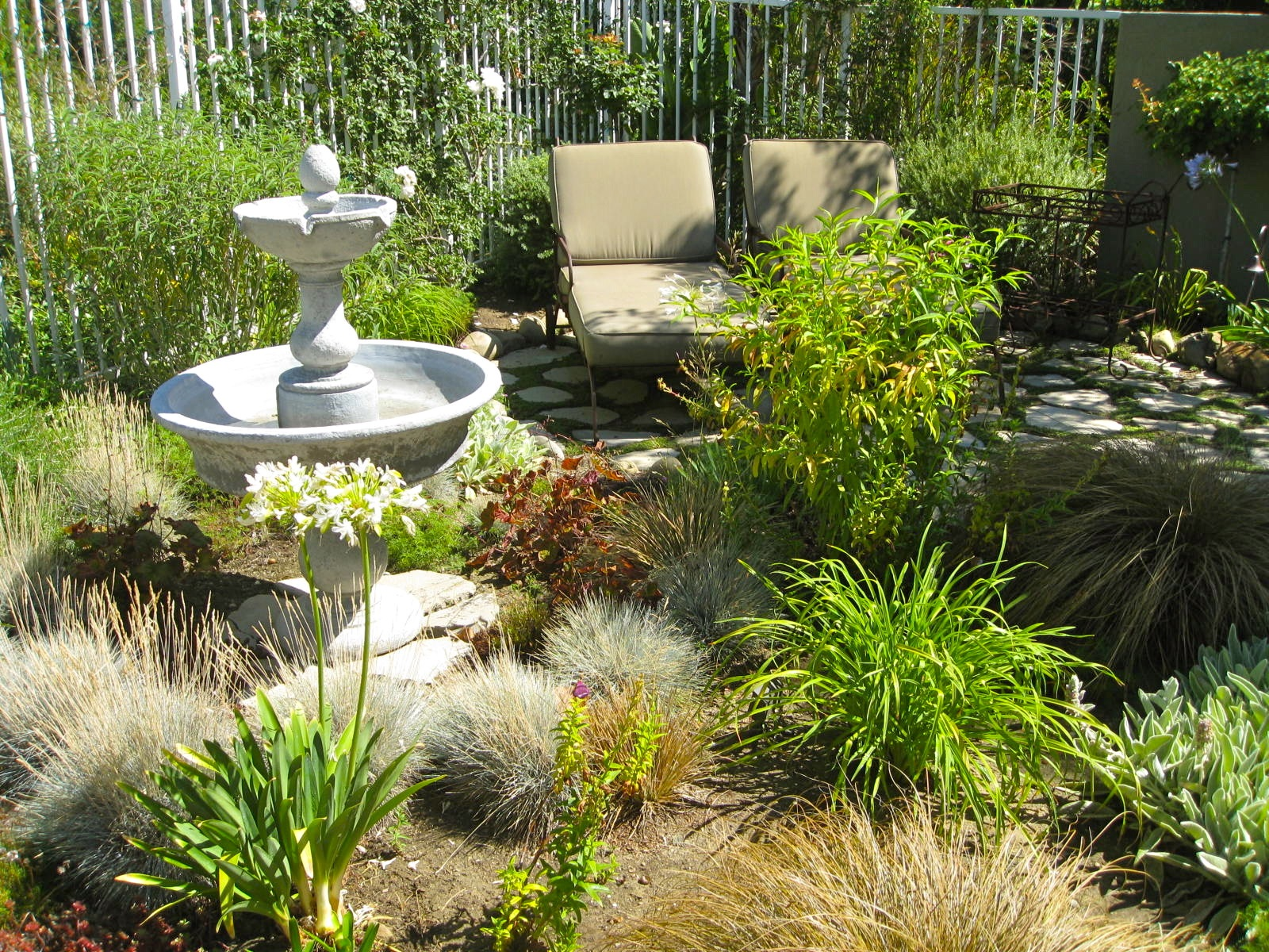 Garden Designers Roundtable: No Lawn Backyard Makeover  Outdoor Living  Areas | Eden Makers Blog By Shirley Bovshow