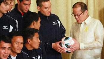 Philippine Azkals with President Noynoy Aquino
