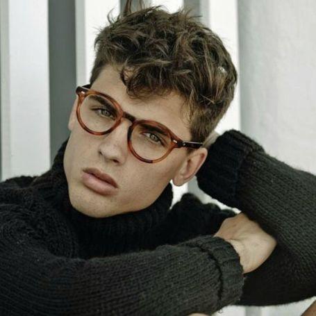 comment choisir ses lunettes selon son vsage ? homme visage diamant monture ronde écaille