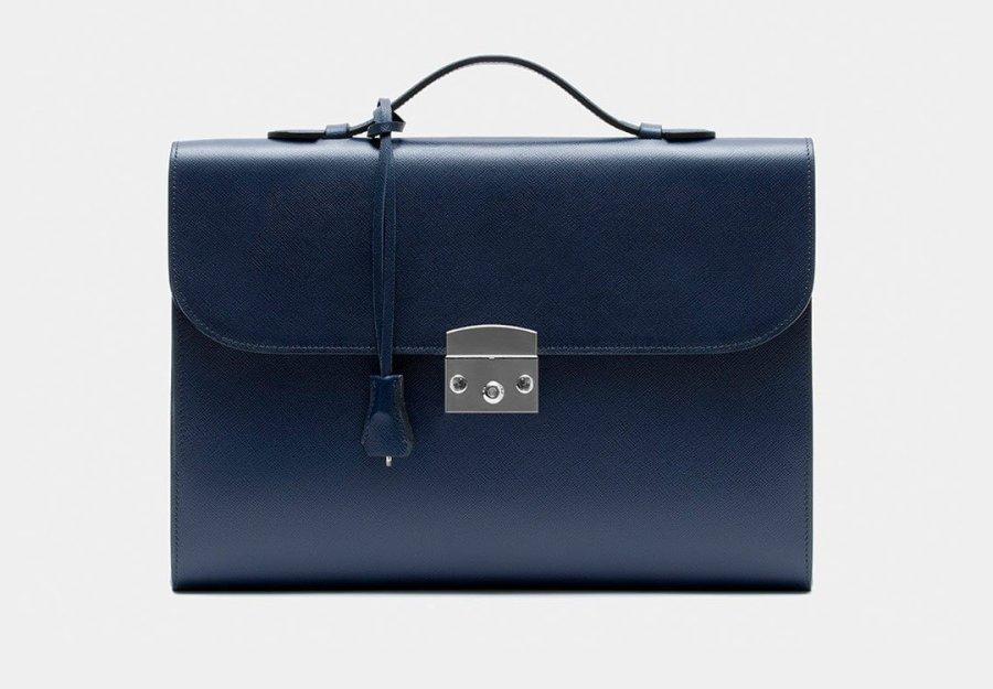 les 10 pépites d'Edgard pour vous faire plaisir . sac cartable portfolio cuir bleu pétrole élégant homme tendance
