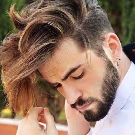 coupes de cheveux tendance cheveux mi-long homme