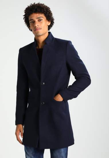 manteau long noir tenue homme idée de look