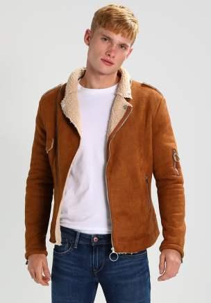 idée de tenue homme veste camel
