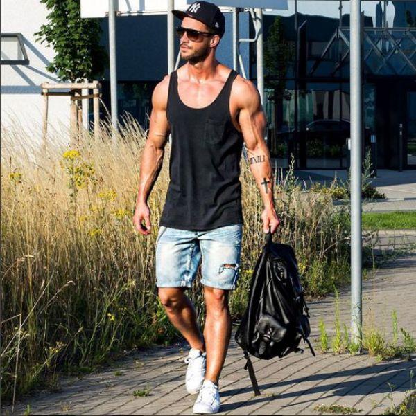 comment porter un short en jean troué