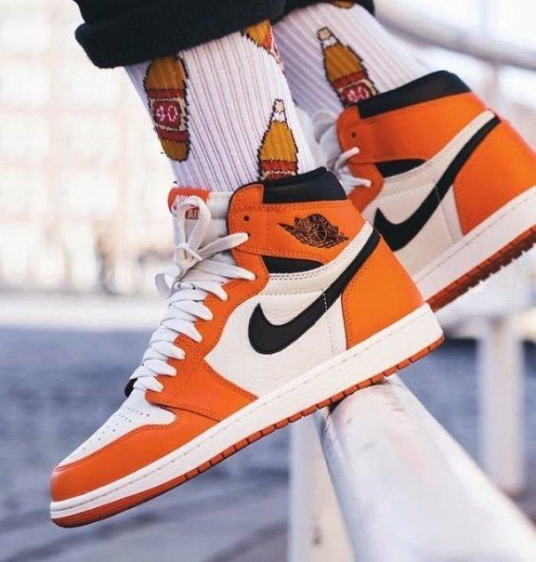 Nike Air Jordan 1 top sneakers