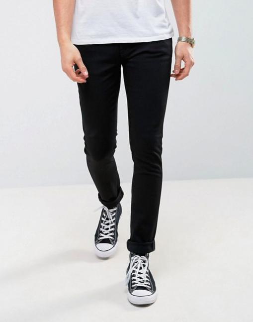 jean homme noir look casual assos nudie jeans