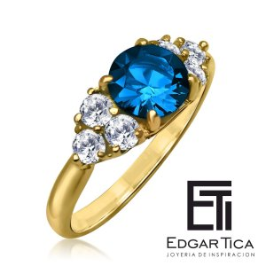 Anillo de matrimonio de oro amarillo 18k con zafiro azul