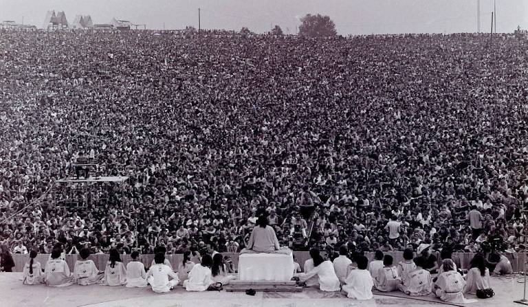 Crowd at opening ceremony at the Woodstock music festival, 1969