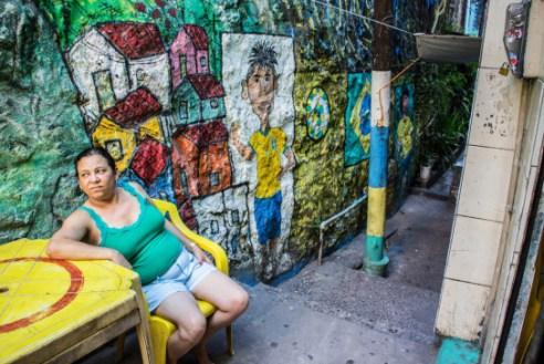 It 'really hot, better rest -Vila Canoas Slum (Favela), Rio de Janeiro, Brazil.