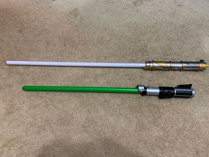 Size comparison between a Savi's saber and the new toy version