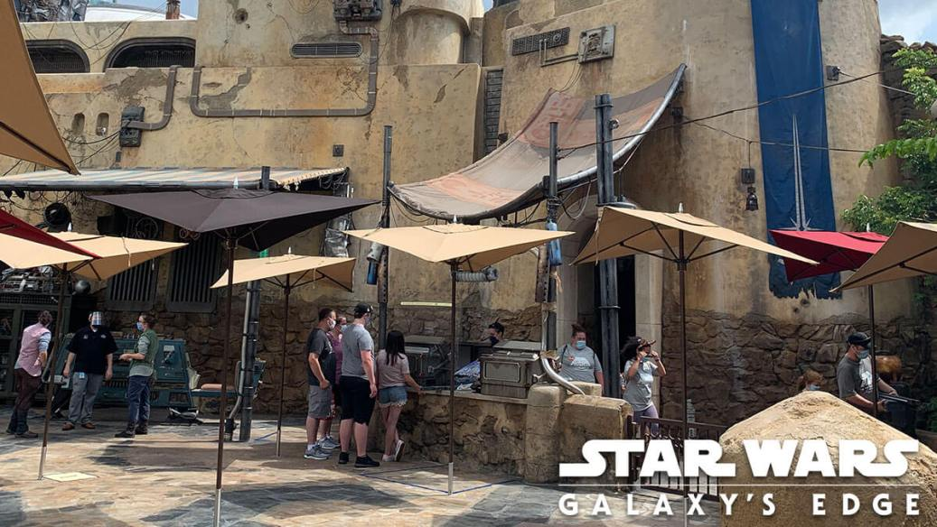 The exterior of Savi's Workshop at Galaxy's Edge in Florida