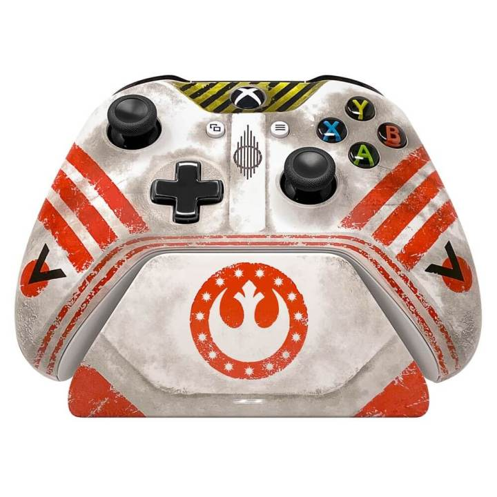 Star Wars Squadrons Controller combined with the custom charging stand