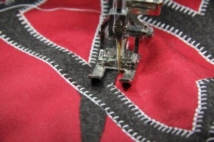 bernina triple blanket stitch