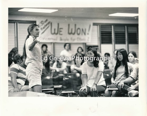 Marion Kelly speaks to students at Ethnic Studies students 2577-2-35 1972
