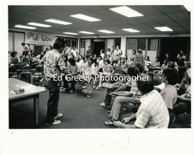 Oliver Lee testifies during SOS Ethnic Studies meeting at Kaimuki Library 25-77-3-14 C1972