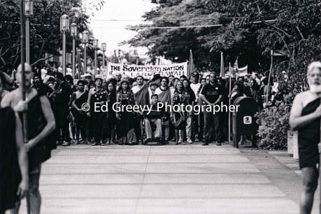 Ka Lahui march to Iolani Palace, protesting 1893 overthrow. 7085-10-5 1-17-93