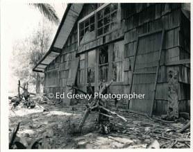 abandoned-house-niumalu-kauai-2666-30-9-8-73