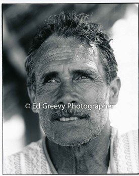Journeyman carpenter Geroge Baker was an active volunteer in building homes on Mokauea Island. 5008-5-4 6-7-80