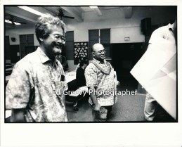 bob-nakata-and-david-chinen-smile-at-waiahole-waikane-lease-signing-at-waiahole-school-9022-3-33a-6-98