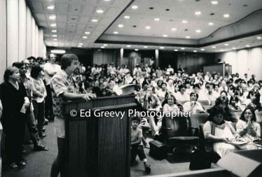 Tourism debate at State Capitol auditorium. 6017 9-19-83