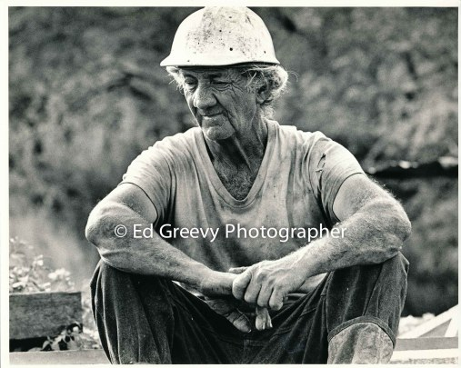 George Santos on his Kalama Valley pig farm. 2343-25 5-71