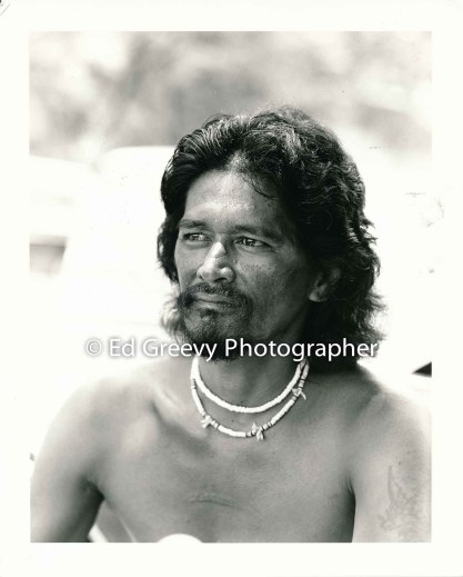 Kalama Valley resident Black Richards, one of the last residents to leave the Valley 5077-4-9 8-8-82