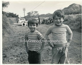 Two Kalama Valley kids at occupier's checkpoint. 1971