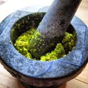Making Green Curry Paste