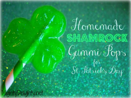 gummy shamrock pops