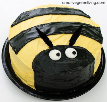 Surprising Bumble Bee Birthday Cake How Tos Craft Gossip Personalised Birthday Cards Paralily Jamesorg