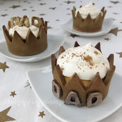 fathers-day-crowns-edible-cupcake-wrappers-for-dad copy