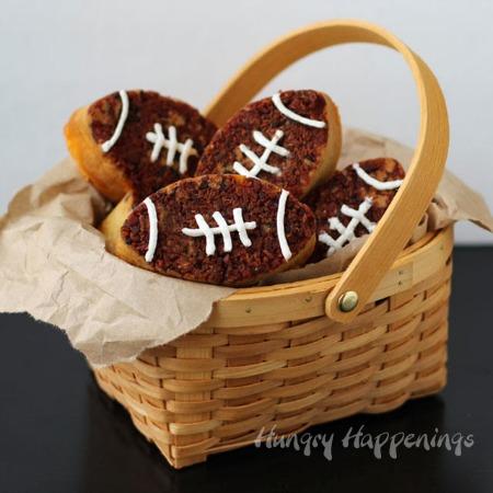 bacon-cheddar-beer-bread-footballs-superbowl-recipe .jpg