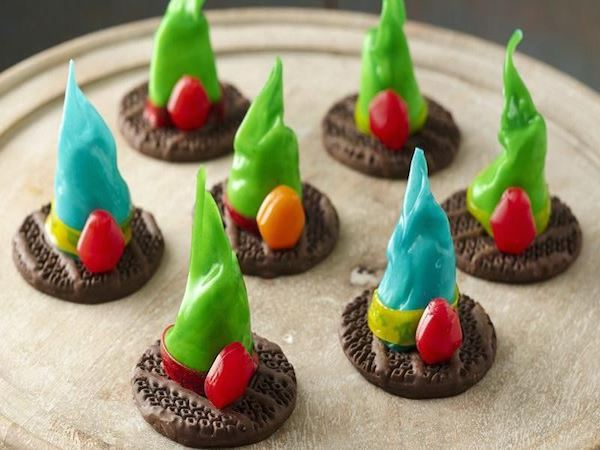Betty Crocker Fruit Roll Up Witch Hat