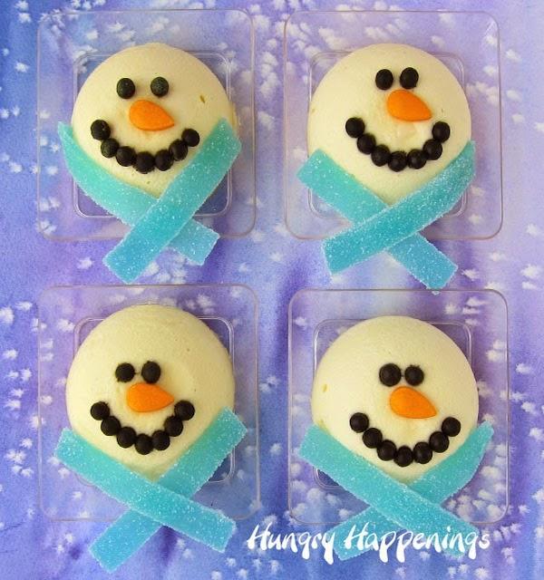 Christmas-cheesecake-snowmen