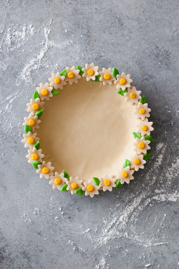 Daisy-Chain-Pie-Crust-Tutorial