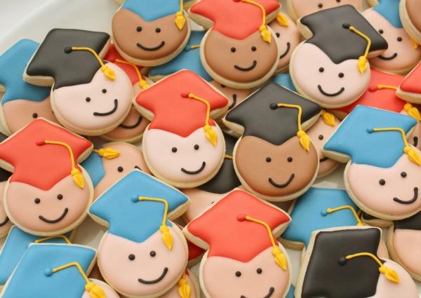 Mini-Graduate-Cookies-Close-Up