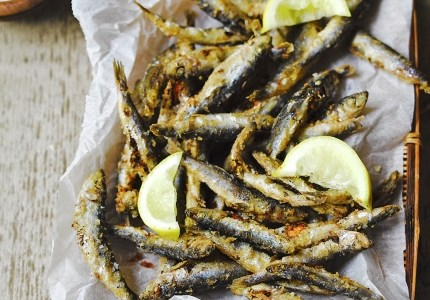 Recipe – Whitebait & dill mayo