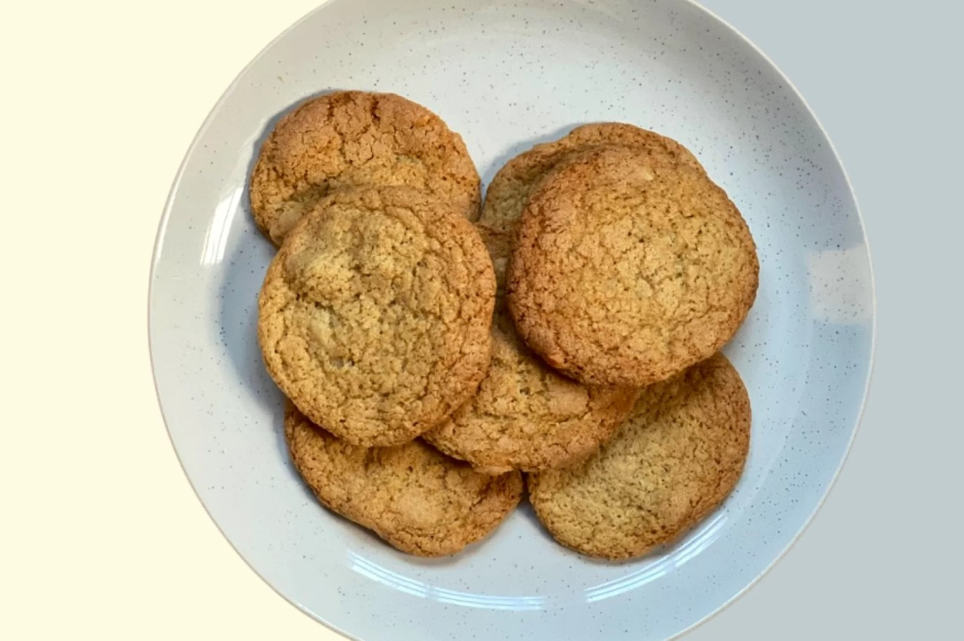 the best vegan cookie recipe made using spelt flour