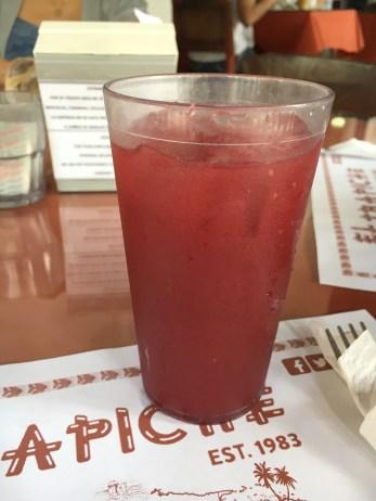 Chicha de zarzamora (blackberry juice)