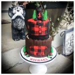 Buffalo Plaid Black Bear Cake How To