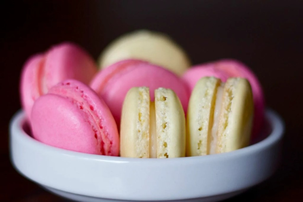 Strawberry french macaron recipe from Edible Times