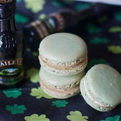 Ode to St. Paddy: Bailey's Irish Cream macarons
