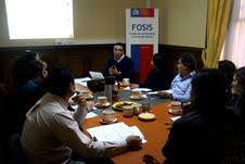 Sobre educación financiera orienta el FOSIS a familias vulnerables