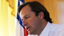 Denuncia de Gutiérrez por abandono de causas apura reacción de Gobernador de Iquique