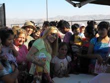 En fiesta navideña para niños de Hospicio, reaparece Diputada Isasi