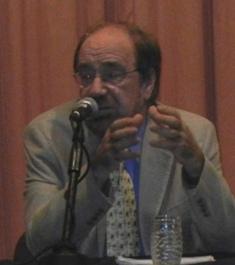 Es urgente superar el estado post pinochetista, dice Premio Nacional de Ciencias Sociales